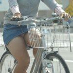 自転車パンチラ