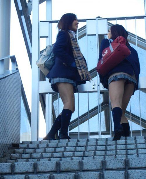 JK階段パンチラ